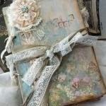 Lace Wedding Guest Book V..